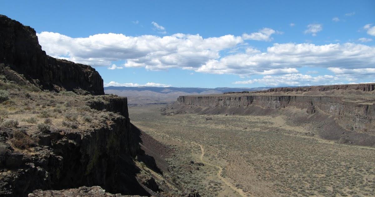 Landscape Boulders Spokane : Destinations northwest the scablands of eastern washington