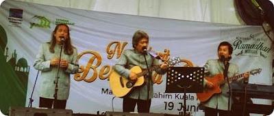 Bimbo Hibur Warga Muslim di Kuala Kencana
