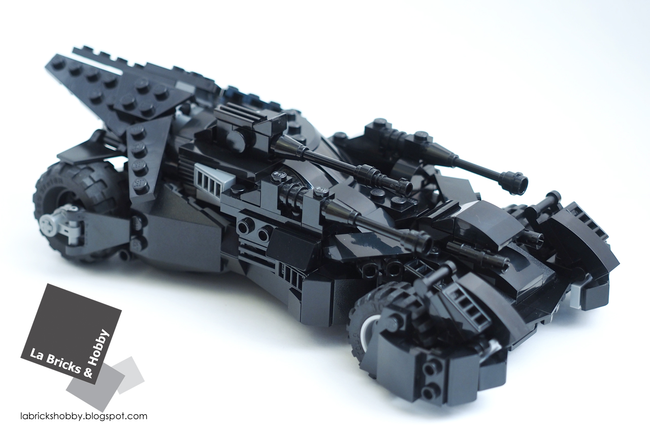la bricks hobby lego justice league batmobile modification. Black Bedroom Furniture Sets. Home Design Ideas