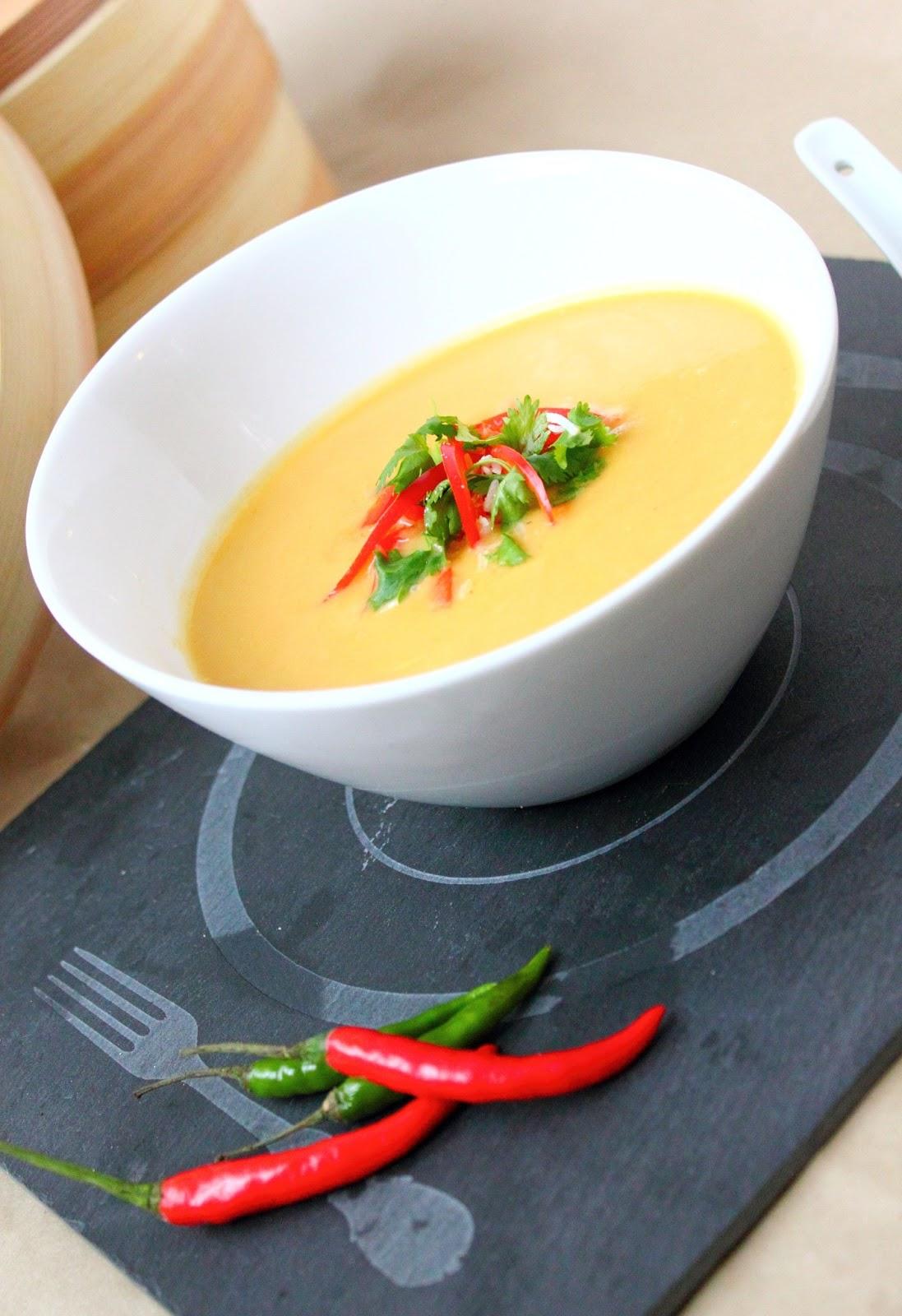 Le march de sophie soupe tha courge curry et lait de - Soupe potiron lait de coco curry ...