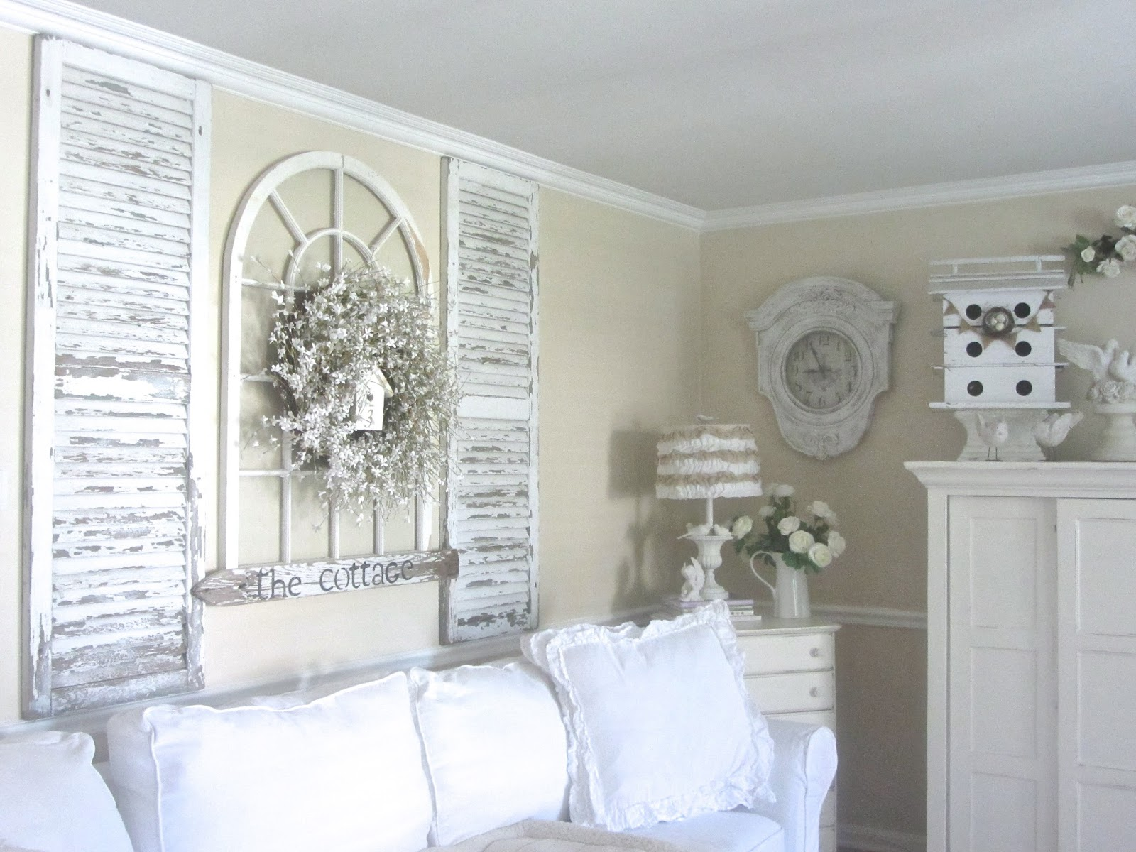 Decorative Shutters Wall Decor : Junk chic cottage update on guest room and new treasures