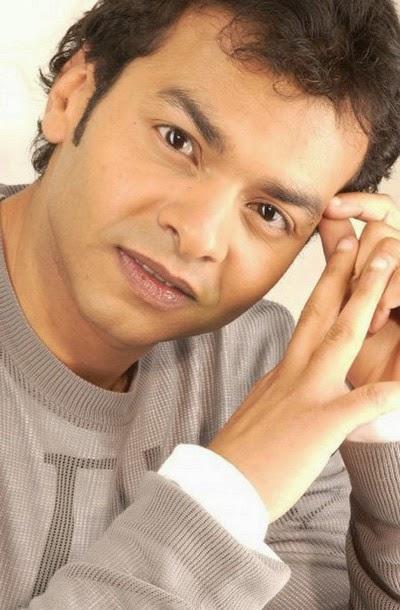 المغني المصري محمد محي