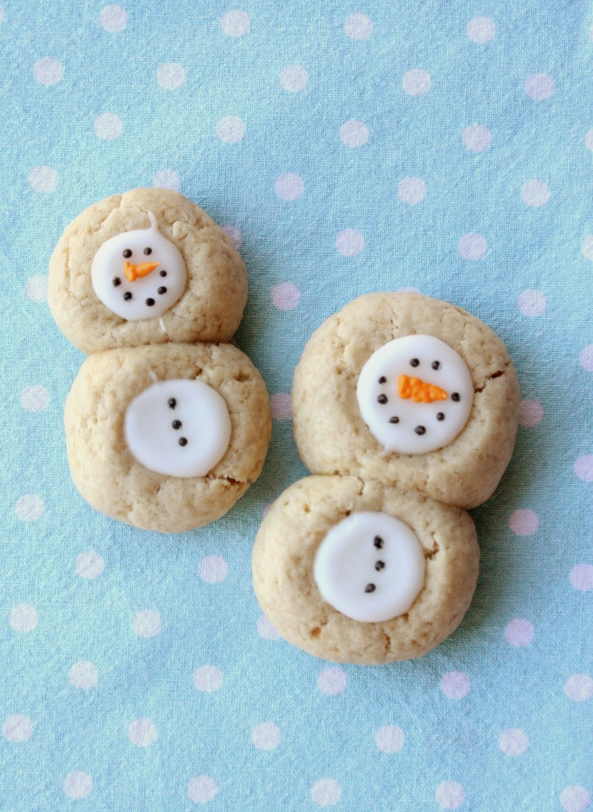 Thumbprint Snowman Cookies Recipe | In Katrina\'s Kitchen