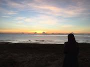 Merenung sunrise di Pantai Sura