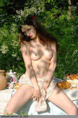 The+Beautiful+Nude+Russian+girl+(2) Free amature porn young