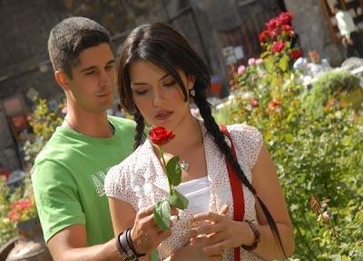 Kata-kata Romantis buat Nembak Cewek