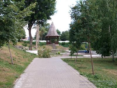 Казанский парк Черное озеро, остатки деревянной крепости