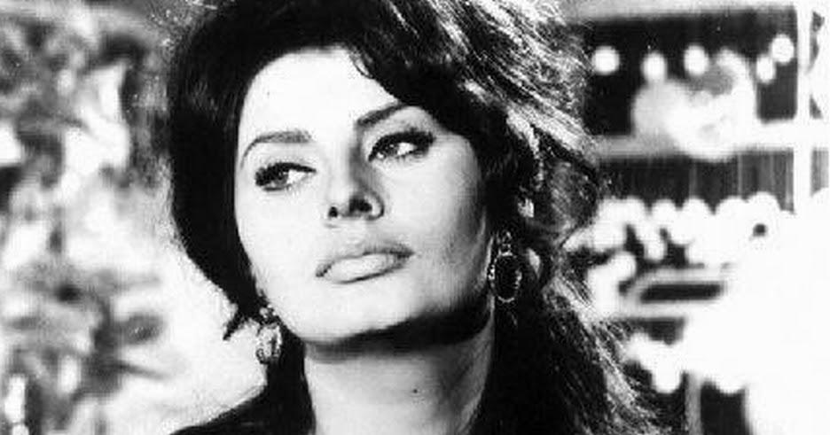 The Catcher: Sofia Lor...