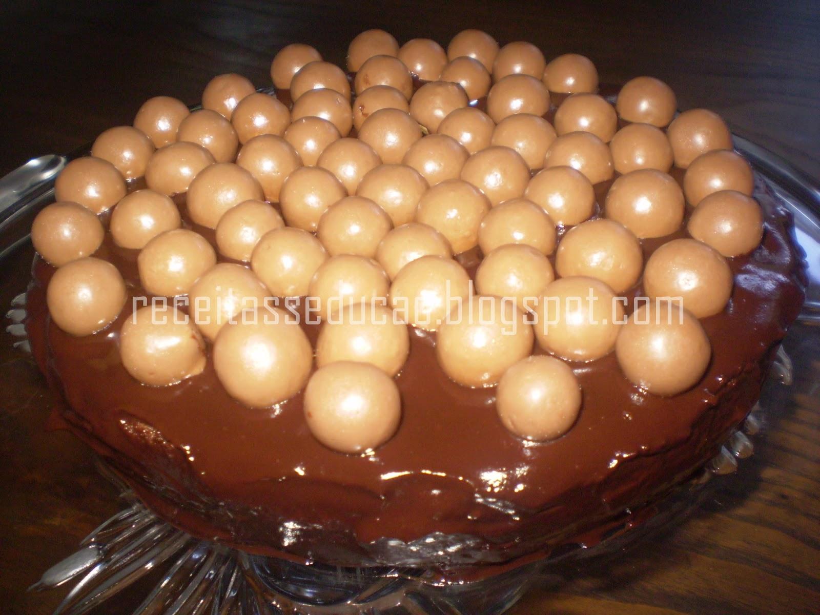 Bolo de chocolate e Maltesers