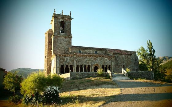 imagen_romanico_templo_iglesia_burgos_rebolledo_torre