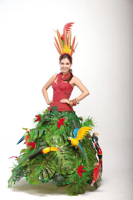 Srta. Colombia 2011-2012. Desfile en traje artesanal Meta: Sara Villareal Pineda