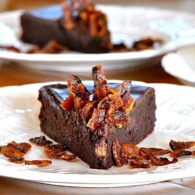 JULES FOOD...: Flourless Chocolate Cake with Dark Chocolate Ganache ...