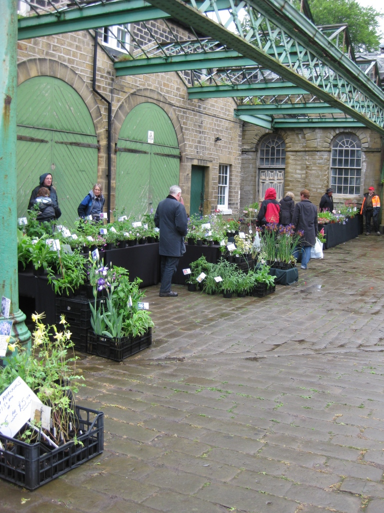 Un jardin a l 39 ombre fin des foires et escapade en angleterre for Jardin anglais en angleterre