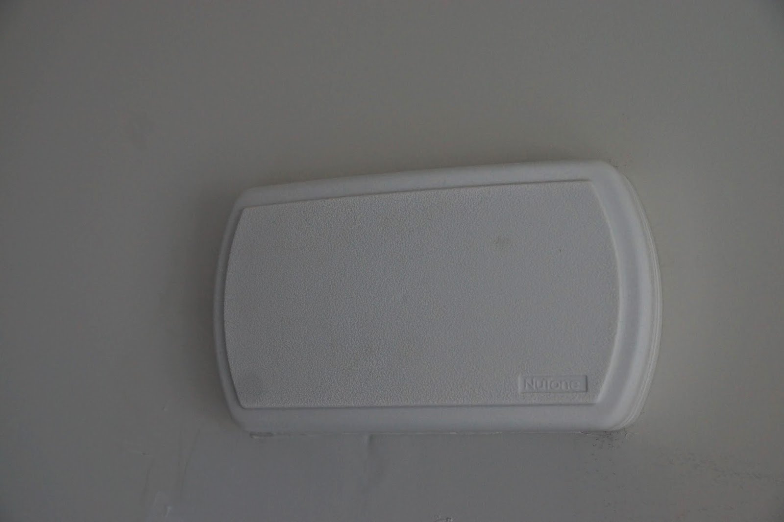 A picture of the doorbell