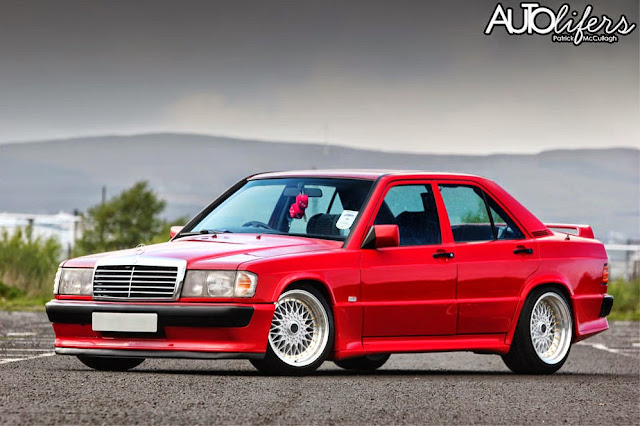 mercedes 190 red