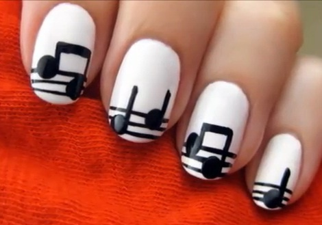 White and Black Music Notes Nail Art