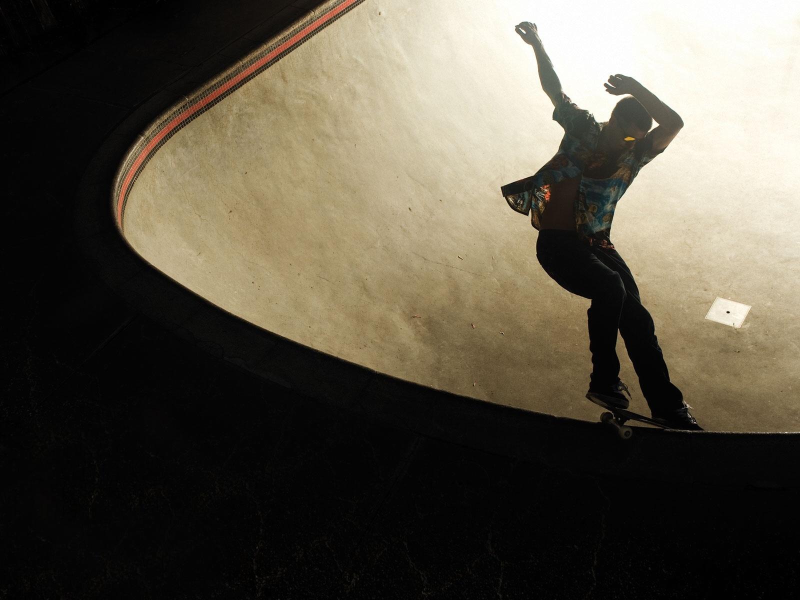 http://1.bp.blogspot.com/-N5Ov4WQlSYc/TkUbKhvv7XI/AAAAAAAAB2A/kDqySOsM0fk/s1600/wallpaper+skate.jpg