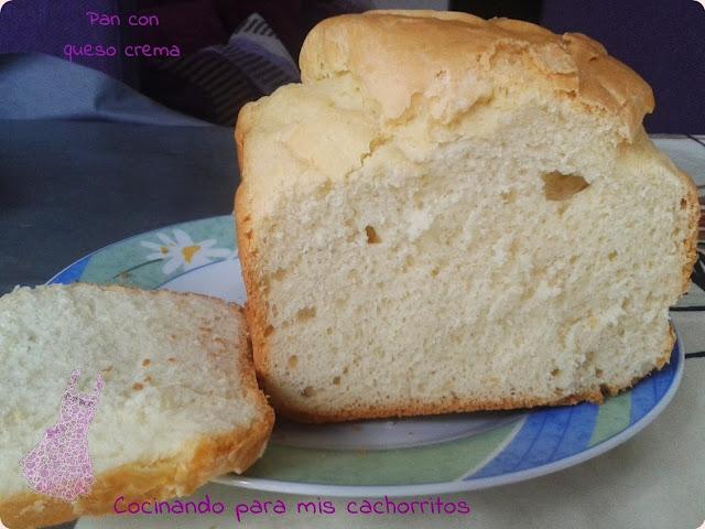 http://cocinandoparamiscachorritos.blogspot.com.es/2013/11/pan-con-queso-crema.html