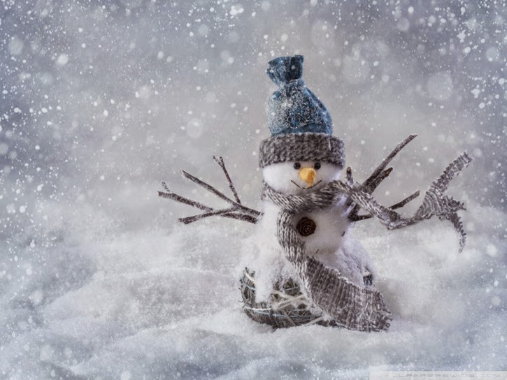 http://wallpaperswide.com/christmas_snowman_craft-wallpapers.html