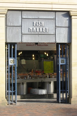 Art deco entrance to the covered fish market