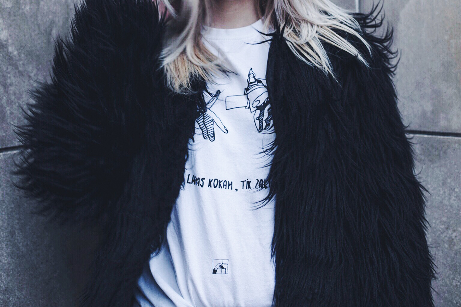 Missguided faux fur jacket and ripped jeans outfit