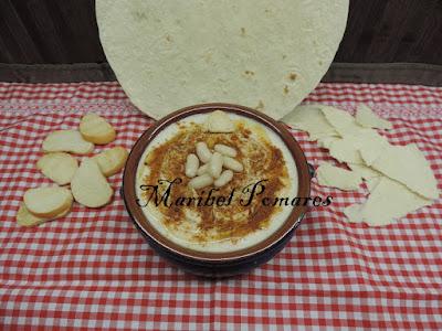 Hummus De Alubias.