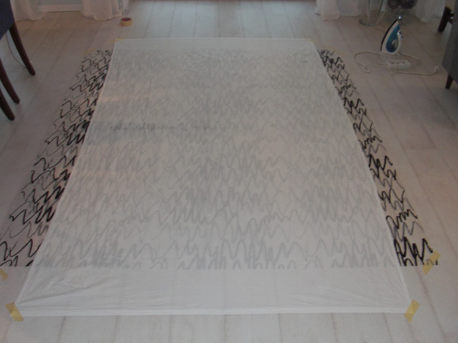 Ikea Duschvorhang : Vorbereitung+Malzone+mit+ikea+Duschvorhang.JPG