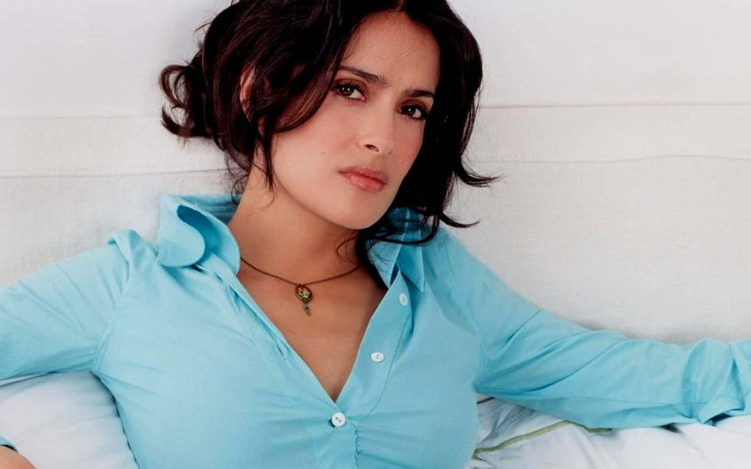 salma hayek breastfeeding african. salma hayek breastfeeding an