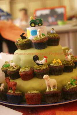http://dismamanonmangequoi.blogspot.fr/2011/07/apres-larche-de-noe-le-gateau-de-noah.html