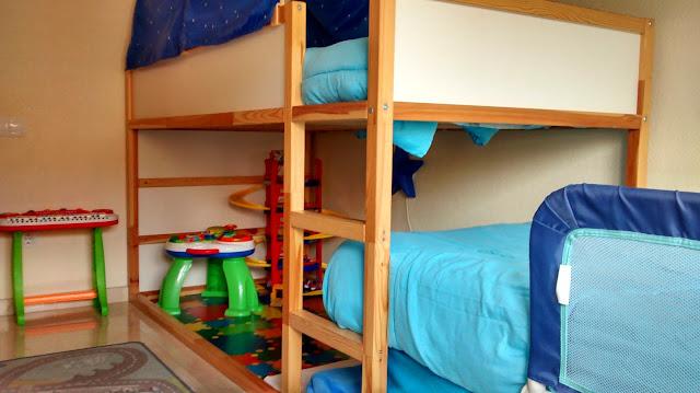 Literas en tren con la cama kura mi llave allen for Literas infantiles ikea