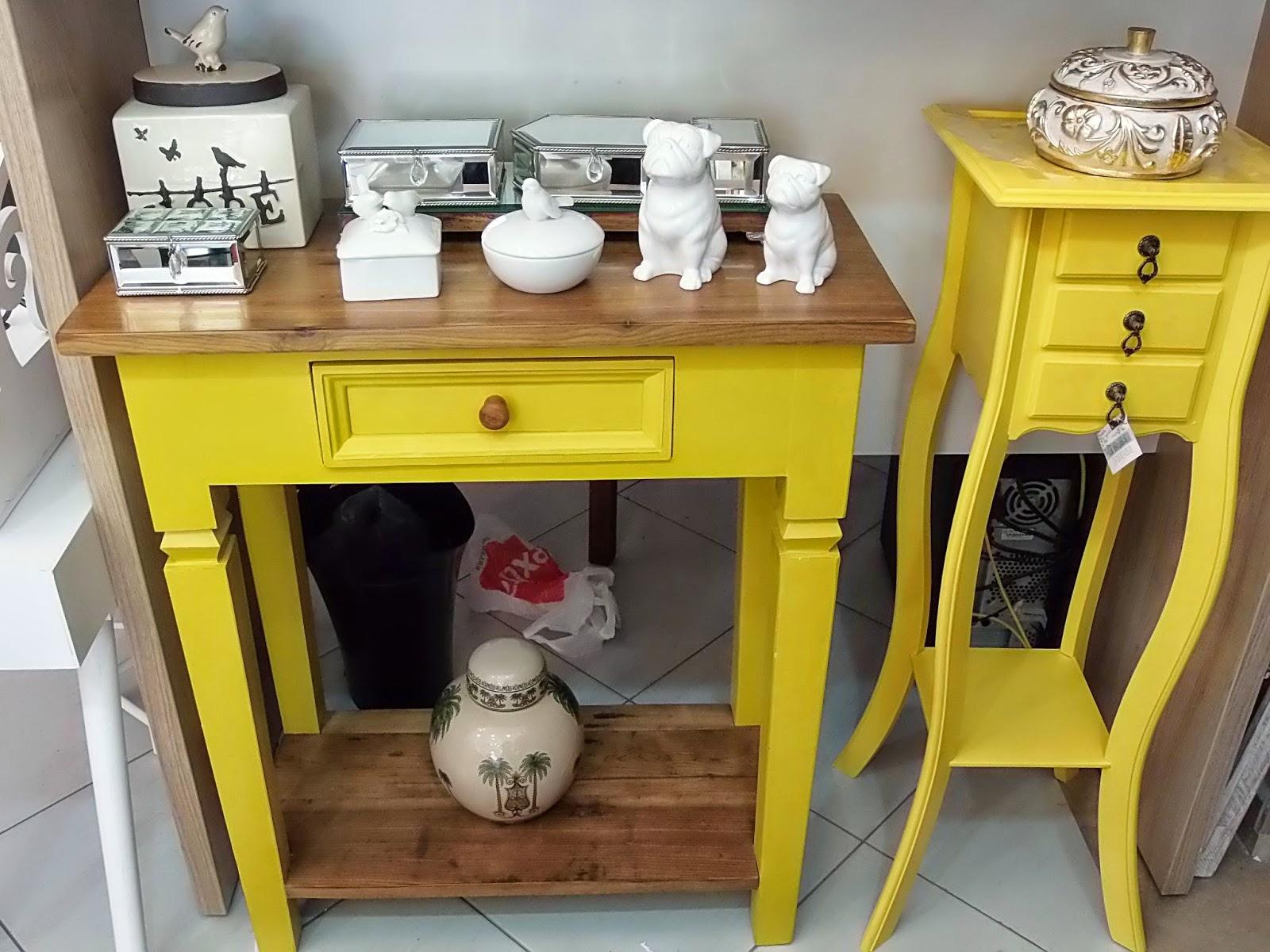 Artesanato Açores ~ Silviamunizz Casa e Decoraç u00e3o Aparador amarelo e Mesinha 03 gavetas na cor amarela