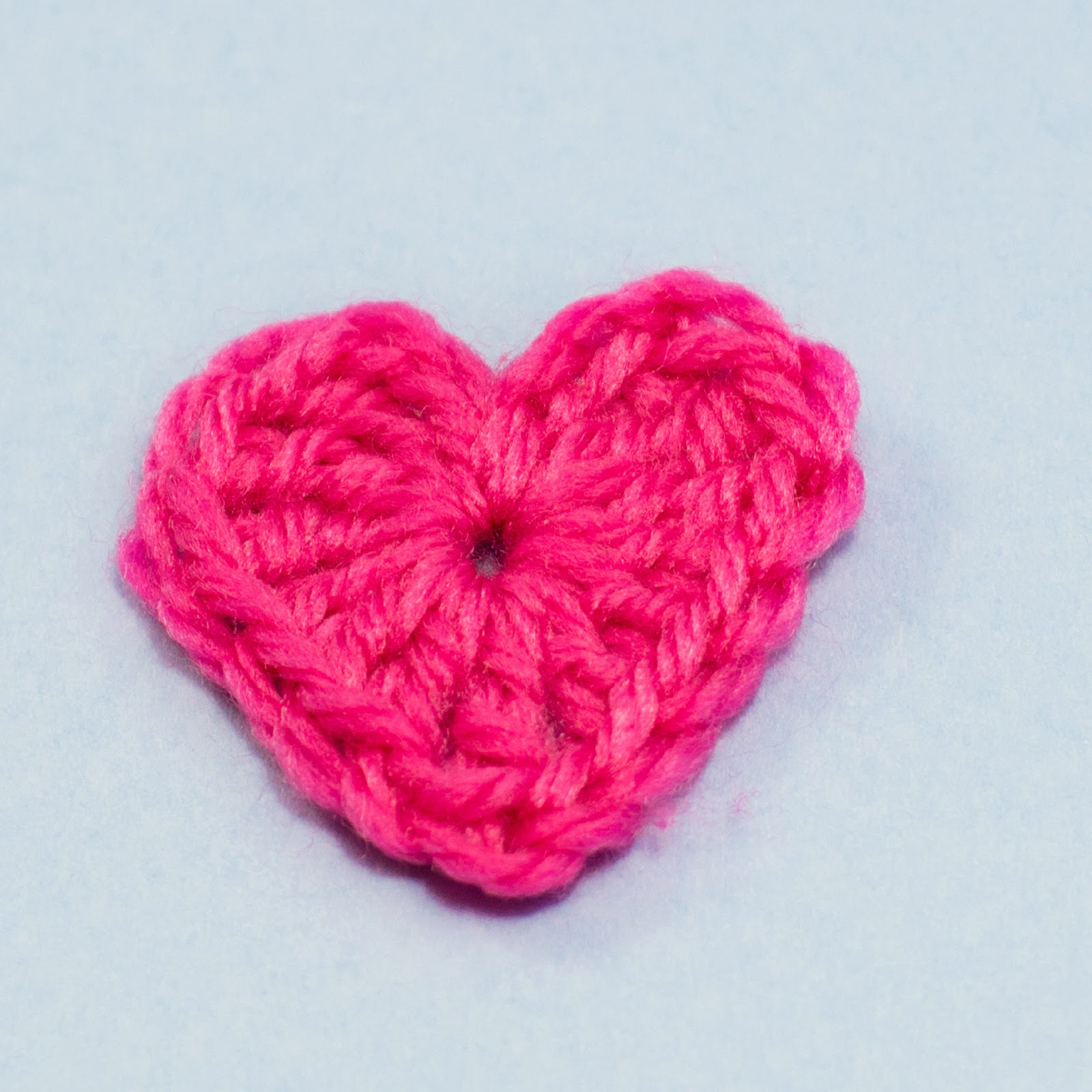 Crochet Me : Basic Small Heart - Media - Crochet Me