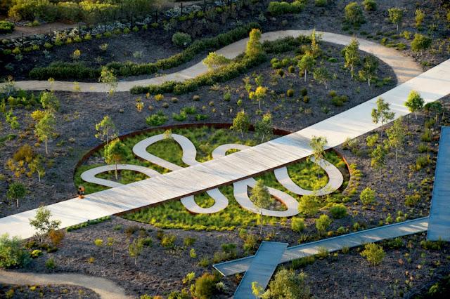 09-El-australiano-Jardín-de-Taylor-Cullity-Lethlean-y-Paul-Thompson