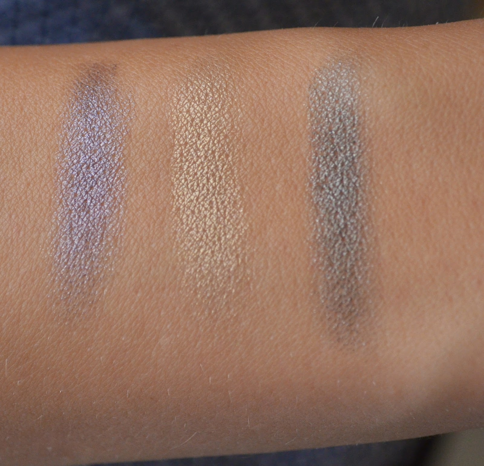 swatch-mac-eyeshadow