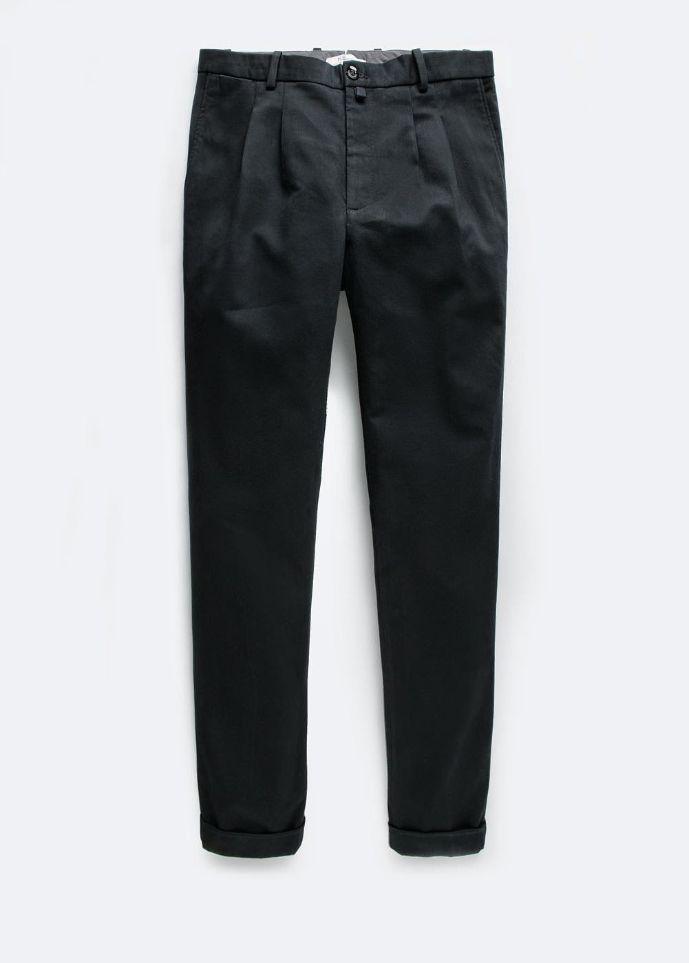http://shop.mango.com/ES/p0/hombre/prendas/pantalones/chino-cropped-pinzas/?id=31033018_02&n=1&s=prendas_he.pantalones_he&ident=0_color9_0_1417510401270&ts=1417510401270
