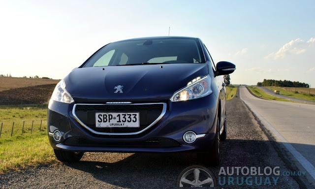Prueba: Peugeot 208 Active Nivel 6 1.2 VTi (Parte 2) : Autoblog ...