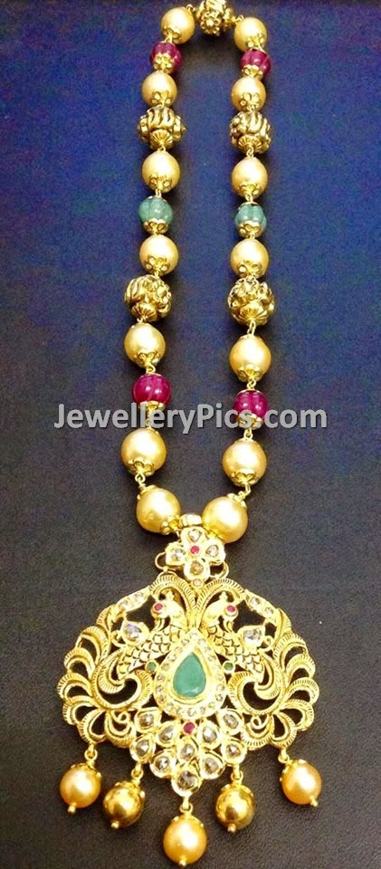 antique gold and pearl pendent chain