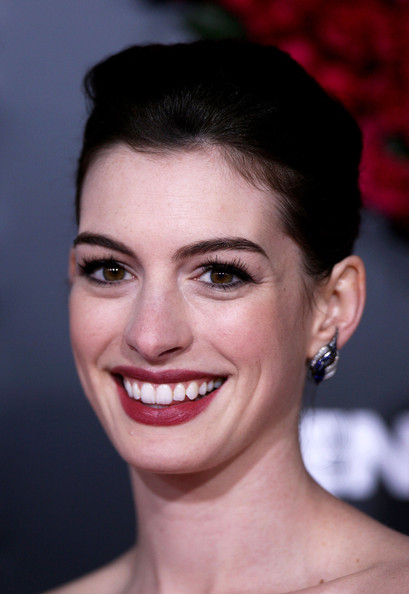 style queen anne hathaway hairstyles new haircut pin up hairstyle anne ...