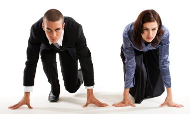 Las mujeres son más inteligentes que los hombres, según James Flynn