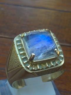 blue moonstone biduri laut