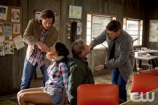 Supernatural-S09E02-Devil-May-Care-Dean-Sam-Salvan-Cazadores