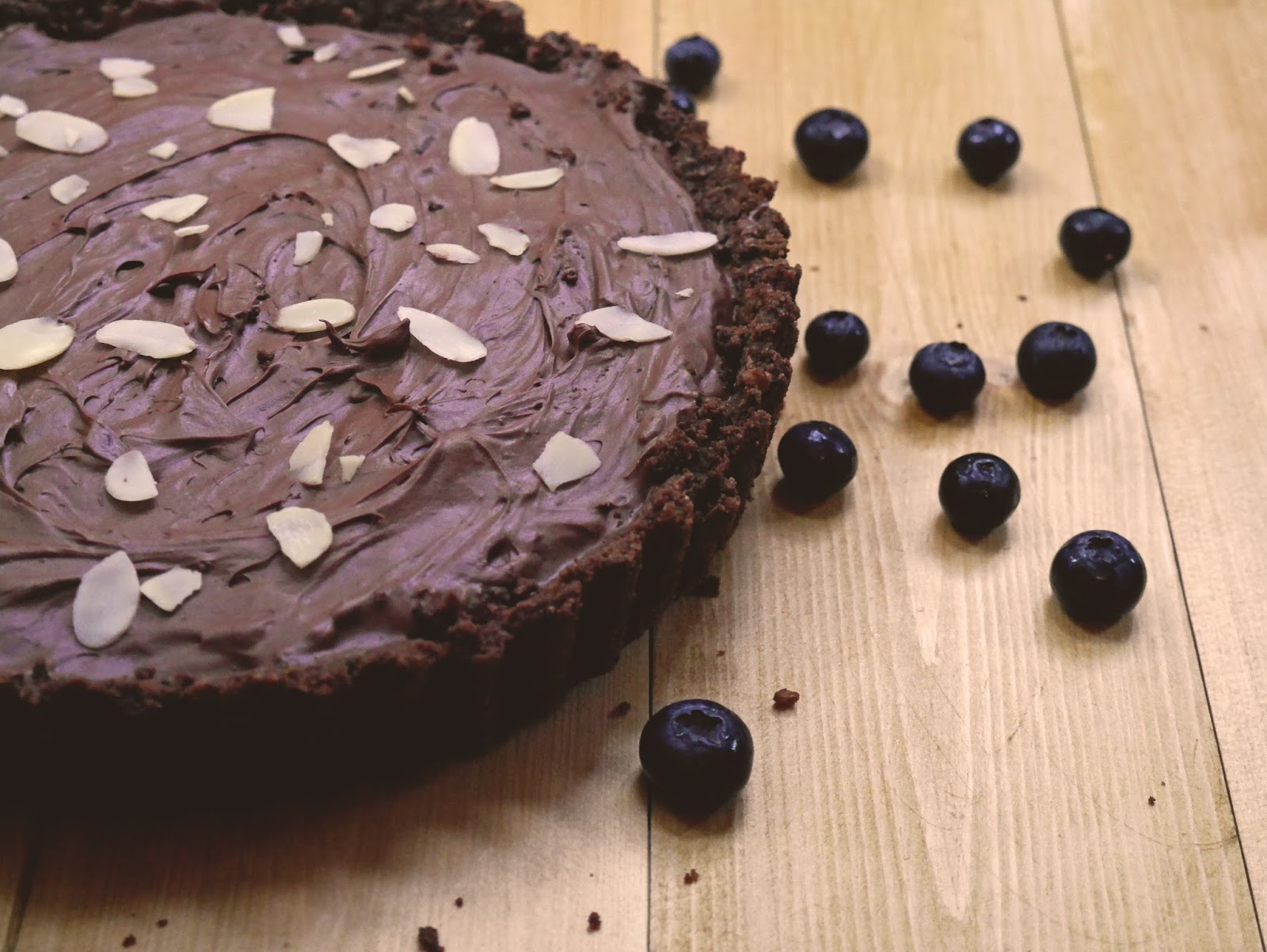 Blueberry and dark chocolate tart recipe