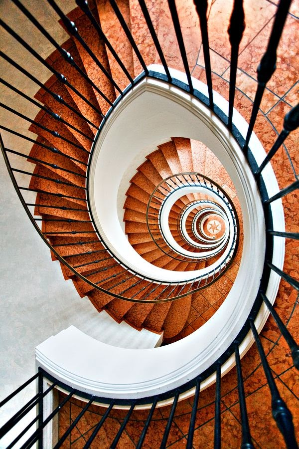 Spiral stairs designs ideas pros and cons stairs designs for Spiral staircase blueprints