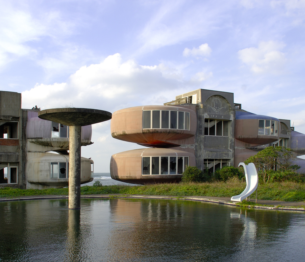 Architekturalab Sanzhi Pod Houses Taiwan