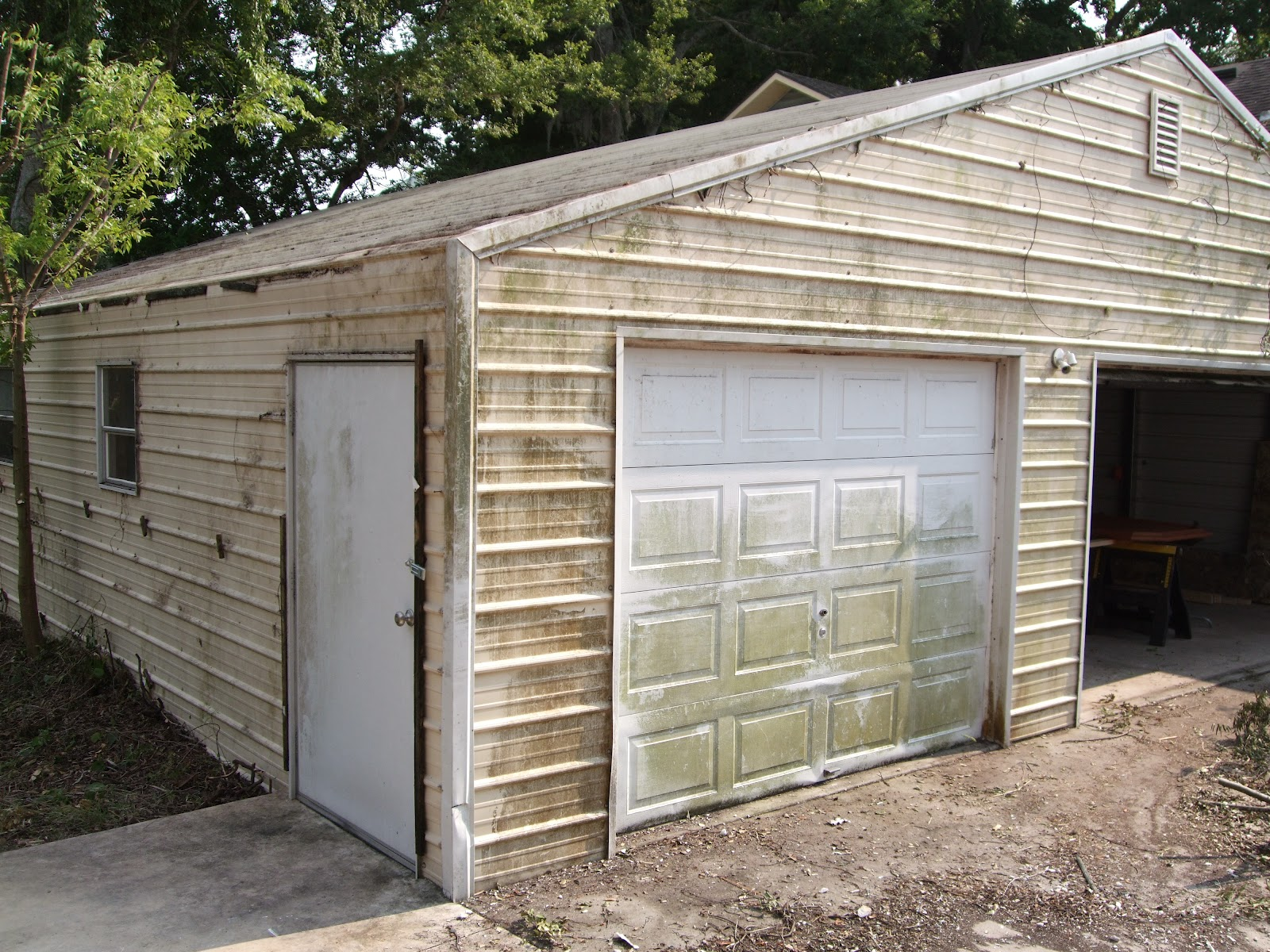Redneck renovation st augustine for Garage boulanger saint augustin