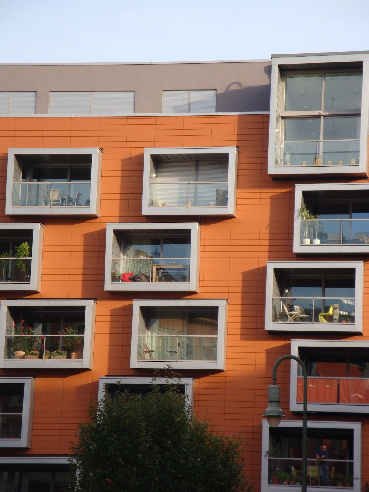 Berlin architecture in photos berlin explorer for Box window design