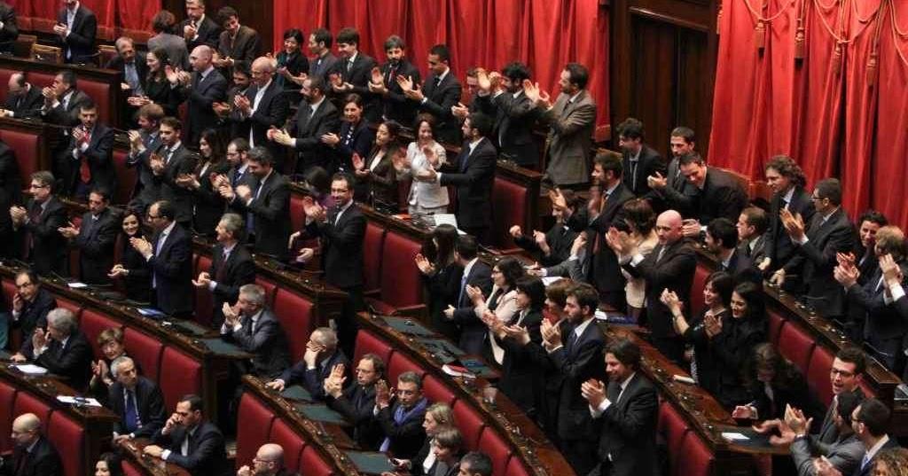 Il blog di giacomo palumbo l 39 infopolitica italiana for Numero senatori e deputati in italia