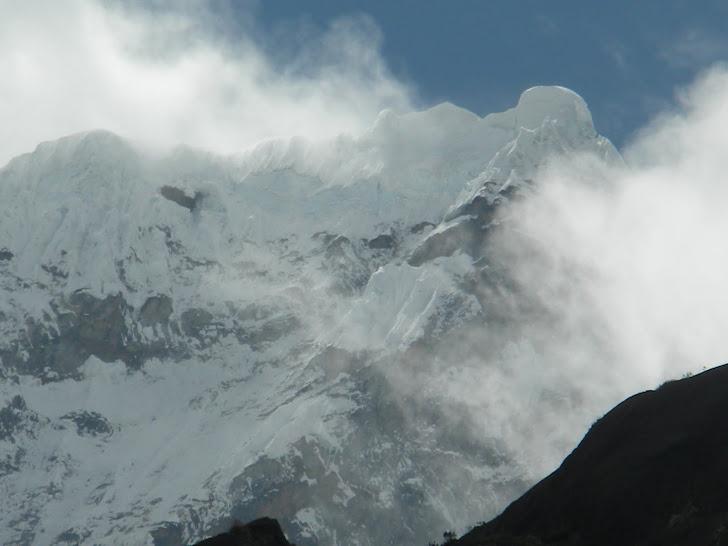 NEVADO CHACRARAJU (6.112 m)