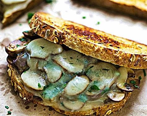 http://apniactivity.blogspot.com/2014/06/mushroom-and-cheese-garlic-bread.html