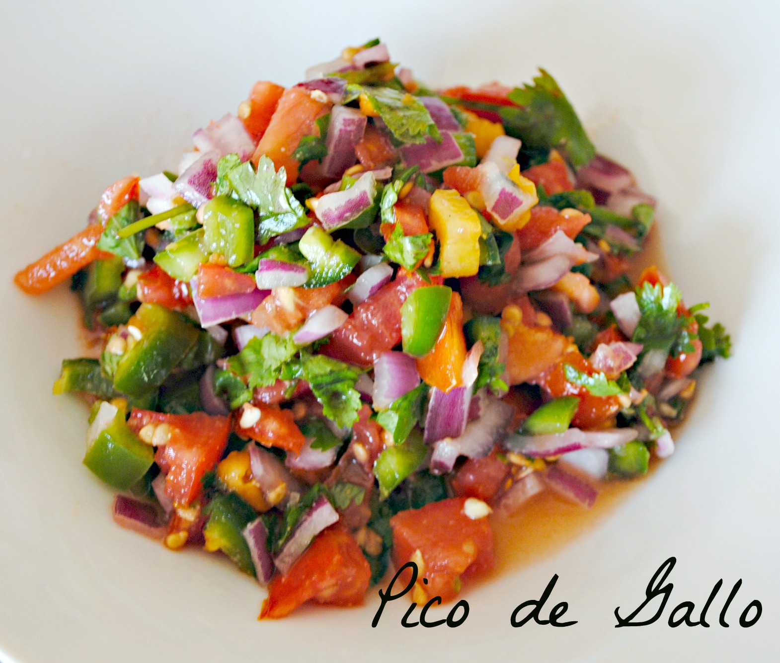 Fresh Homemade Pico de Gallo Recipe